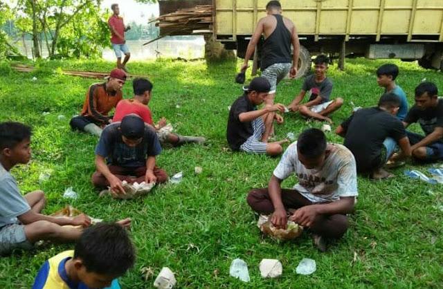 Karang Taruna Desa Pelayang Tebo,  Gelar Goro Bersama, Ini Harapan Solikhin