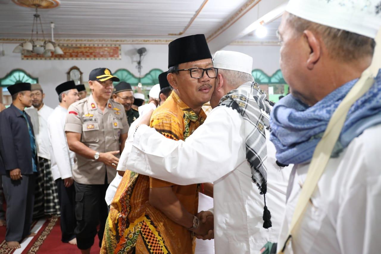 Agus Istiqlal Sambut Jema'ah Haji Pesisir Barat