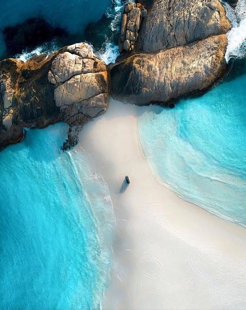 Hình Nền Khóa Iphone Lối Đi Đẹp Trên Bãi Biển