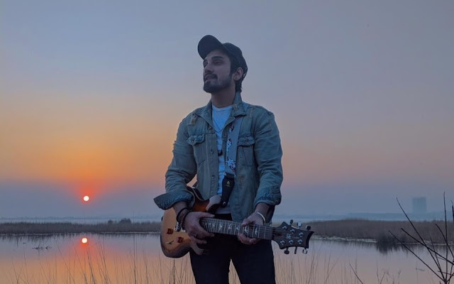 Read Uzair Jaswal's complete biography on Musicians of Pakistan.