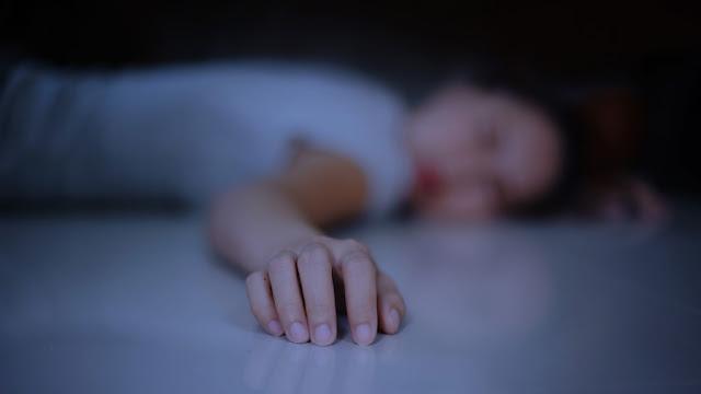 Москвичка нашла бездыханное тело дочери рядом с тазом с сухим льдом