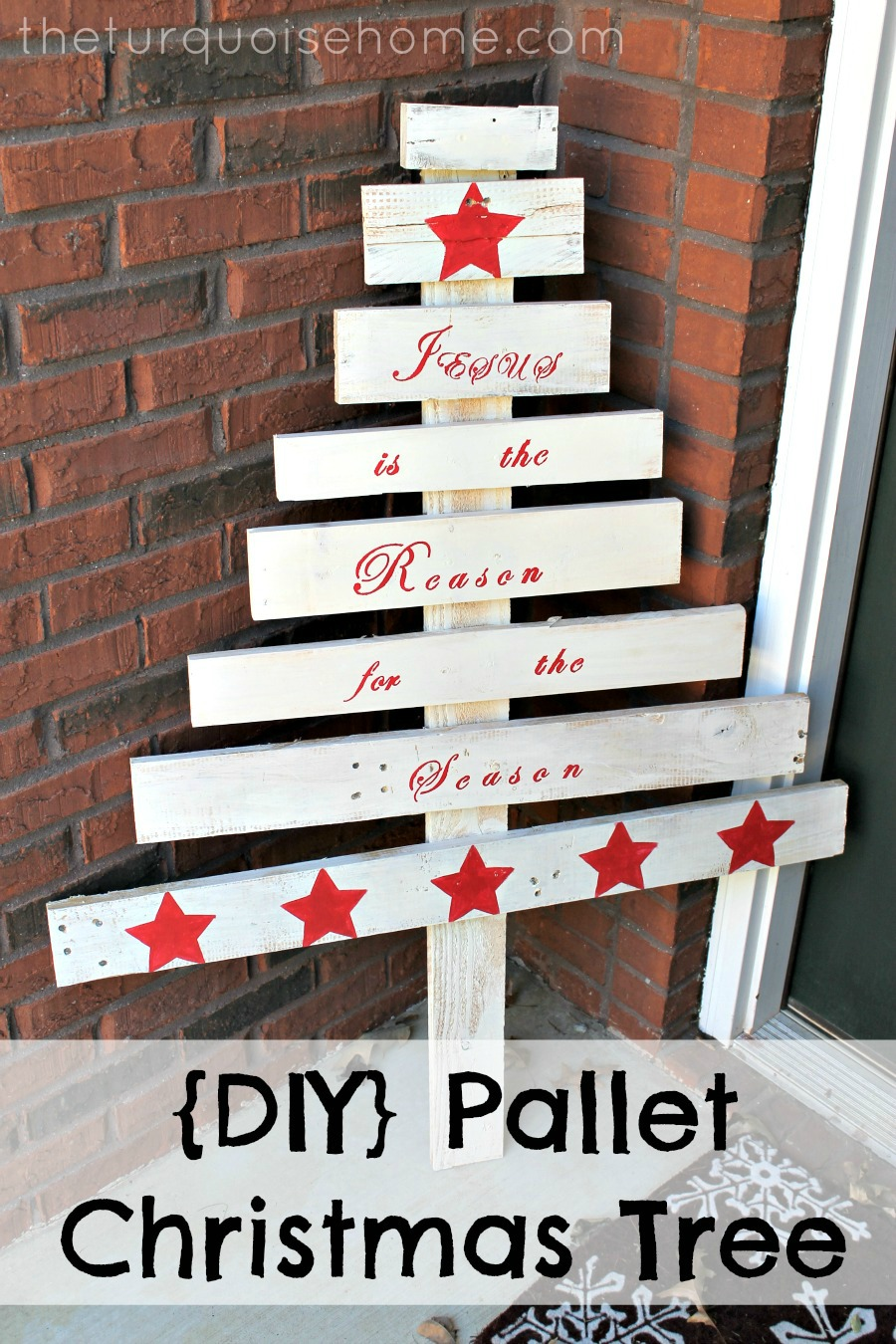 {DIY} Pallet Christmas Tree | The Turquoise Home