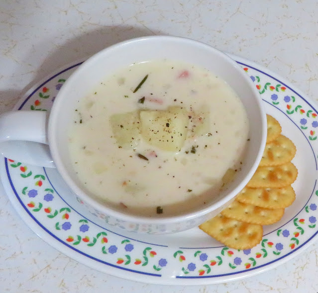 Slow Cooker Potato & Ham Chowder