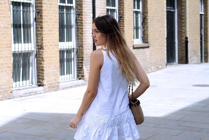 blanco bordado