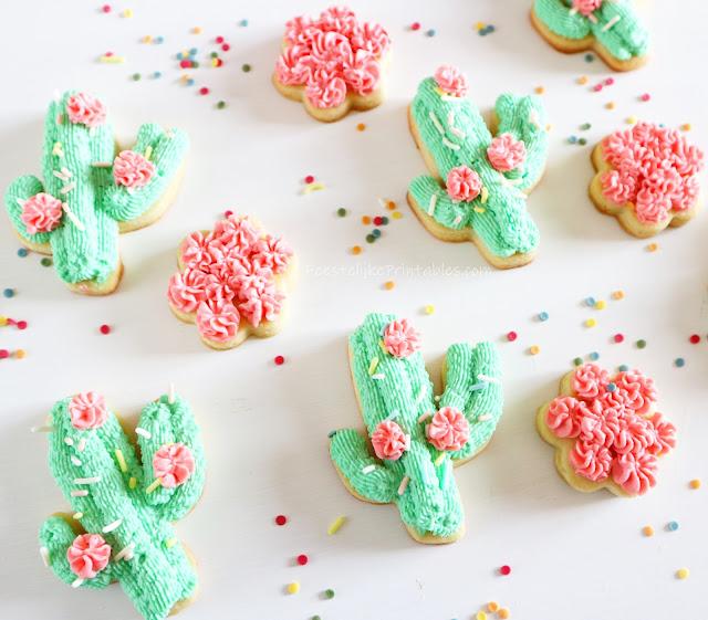 recept mascarpone frosting, cactus koekjes, lama feest, bloemen koekjes, recept voor suikerkoekjes, koekjes met frosting, frosting voor koekjes, cactus koekjes recept, basis recept koekjes