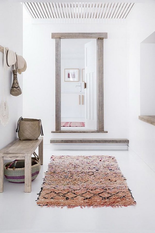 Ideas For Decorating With Carpets 5