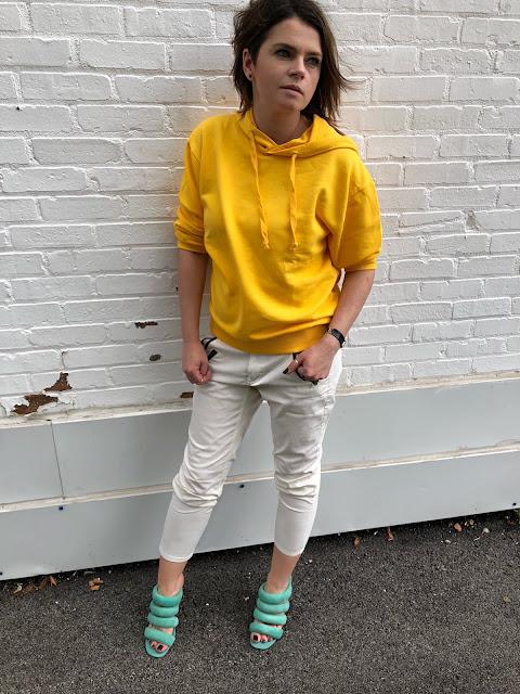 Yellow sweatshirt hoodie by NA-KD