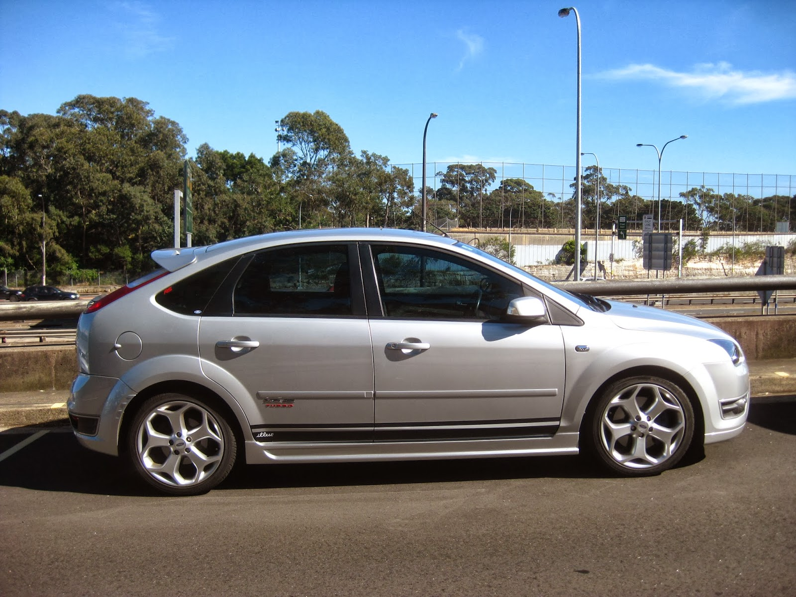 Aussie Old Parked Cars 2007 Ford Focus Xr5 Turbo St