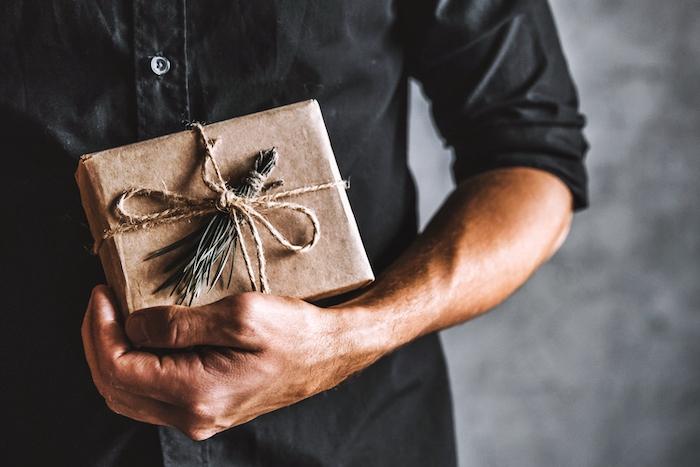 55+ Idea Hadiah Untuk Lelaki Yang Pasti Mereka Suka