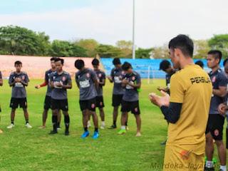 Kompetisi Ditunda Persijap Liburkan Latihan
