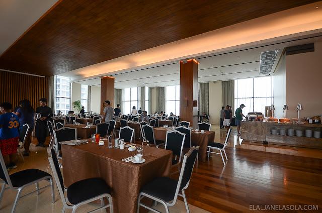 Elal Lasola Travel Photography Makati City Garden Grand Hotel