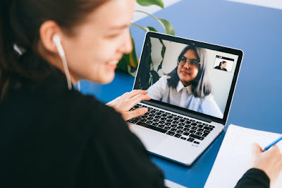 Dress code for virtual interview on Skype, Zoom or Google Meet