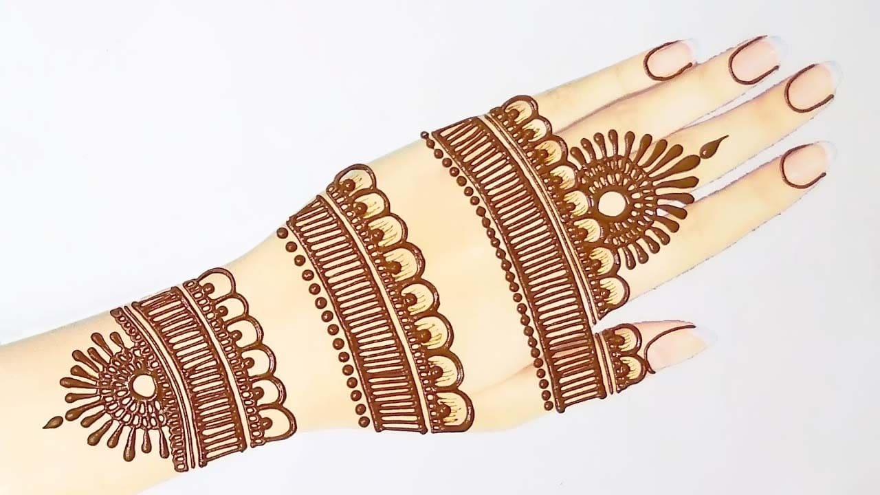 Easy and Beautiful Mehndi Design