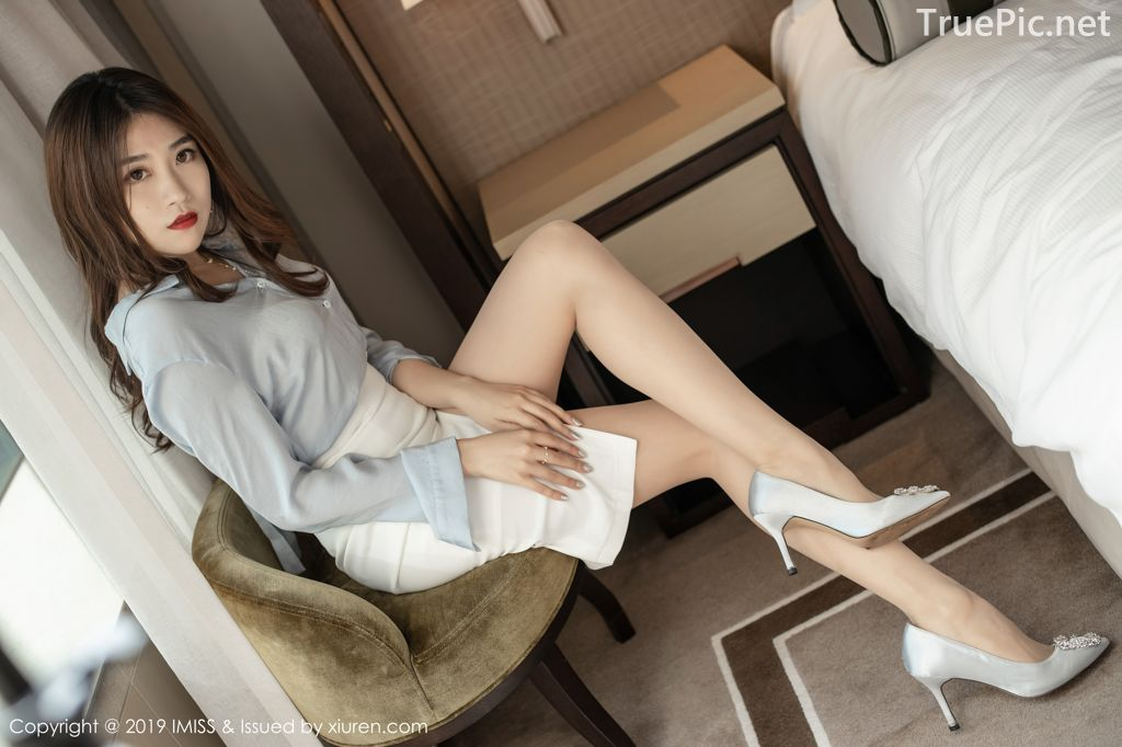 Image-IMISS-Vol.381-Sabrina model–Xu-Nuo-许诺-Sexy-Lingerie-under-Office-Uniform-TruePic.net- Picture-3