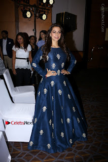 Bollywood Actress Juhi Chawla Launchs Better Homes 10th Anniversary Celetion Cover  0022.JPG
