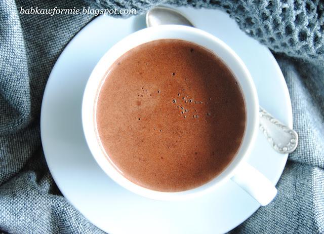 aksamitna czekolada na gorąco