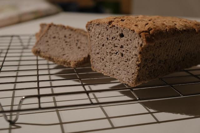 Impasto di farina di grano saraceno per pane