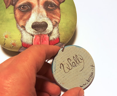 Sassi dipinti e portachiavi  cane listino prezzi