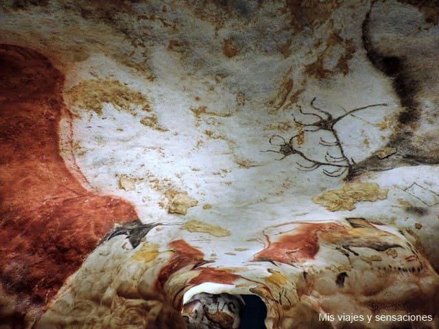 Cueva de Lascaux, un santuario de pinturas rupestres al sur de Francia