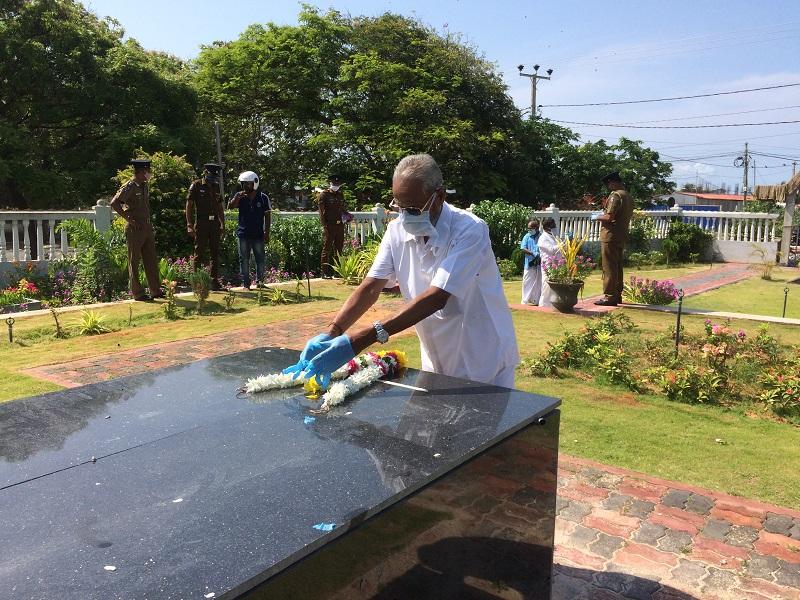 தந்தை செல்வாவின் 43 ஆவது நினைவு தினம் அனுஷ்டிப்பு