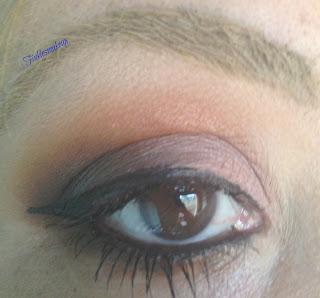 eye_makeup_look_pamela_anderson_inspired