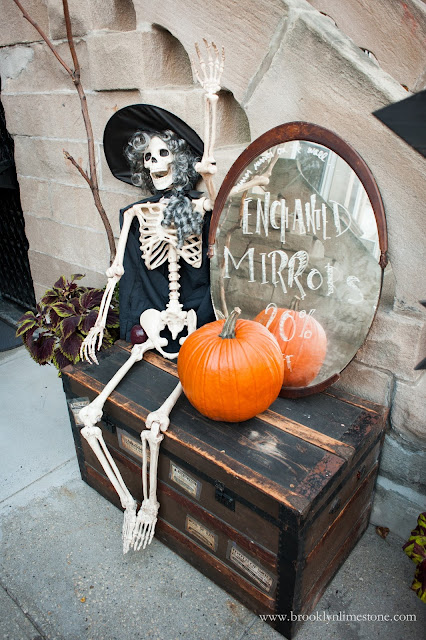 Using a few trashed treasures and store bought elements this Witch Halloween Themed Front Porch will amaze you