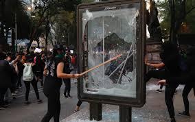 Proponen castigar  a feministas que hagan actos vandálicos con trabajo comunitario