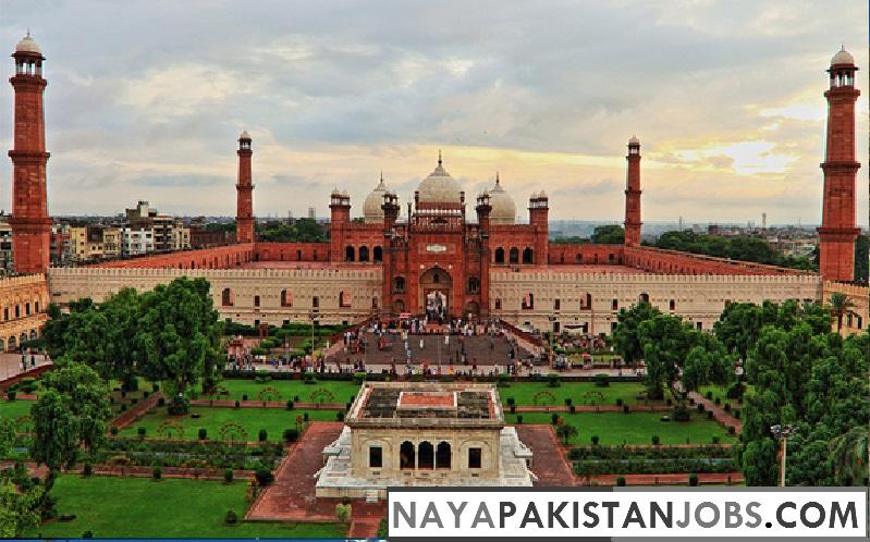 Badshahi Mosque Lahore, Places to visit in Pakistan, best places in Pakistan to Visit
