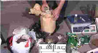 القبض على عالطلين يصنعان الاستروكس والمخدرات