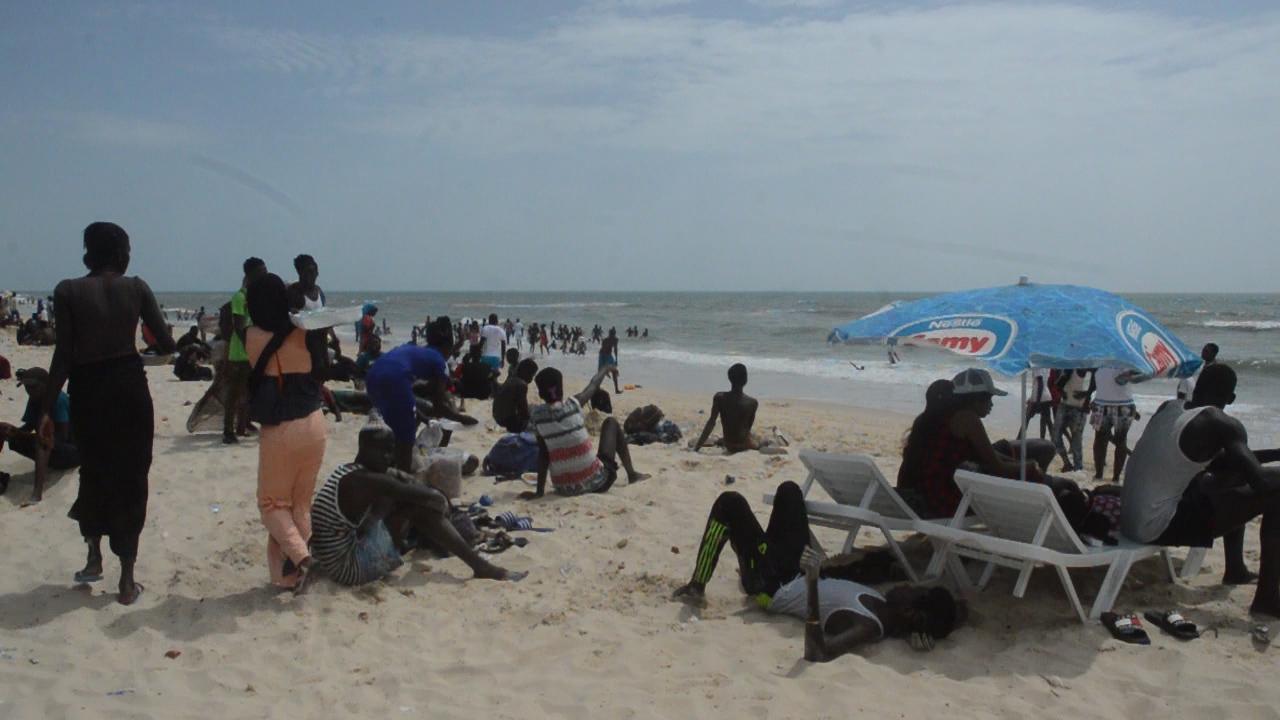 Hydrobase, la plage la plus prisée : Plage, Hydrobase, Saint, Louis, tourisme, restaurant, visiteurs, vacance, loisirs, eau, sable, sortie, détente, sport, mer, océan, fleuve, Langue, Barbarie, LEUKSENEGAL, Dakar, Sénégal, Afrique
