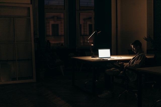 Gangguan Tidur: Dampak Mematikan Sering Begadang