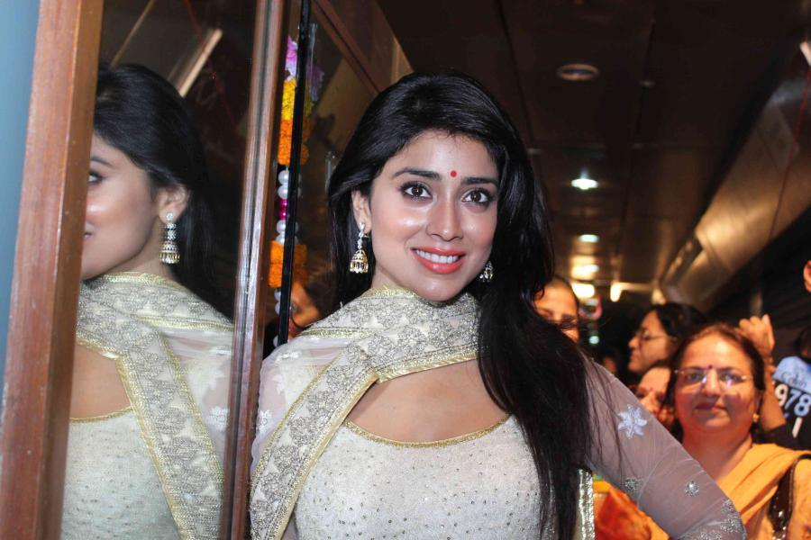 Hot and ethnic Shriya photos at launch of inner wheel club