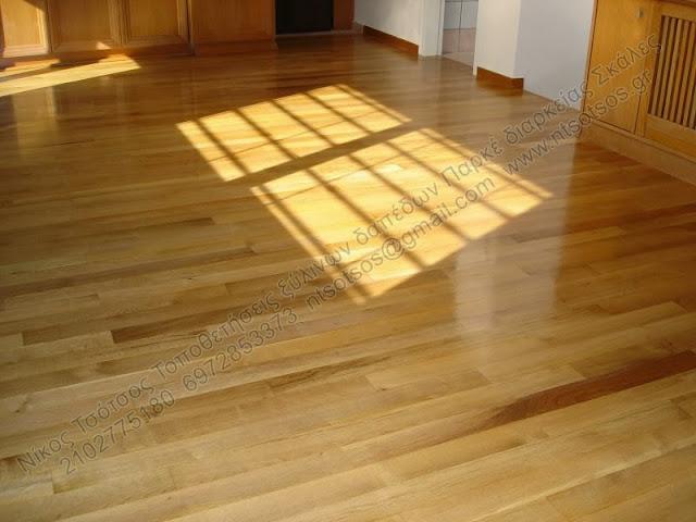 Συντήρηση σε ξύλινο πάτωμα δρυός με οικολογικά βερνίκια