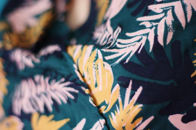 motifs-feuilles-combishort
