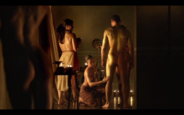 сцены из художественных фильмов с голыми женщинами близнецам это относится