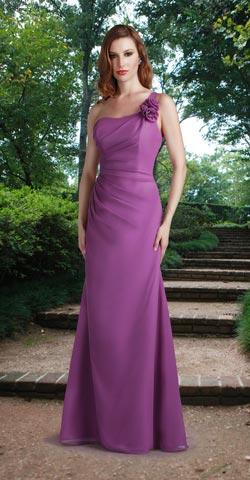 6a36fa380 Vestido color lila escote asimétrico con pliegues. Estilo sirena.