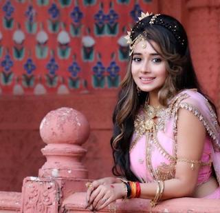 Foto Tina Dutta sebagai Damini di Shani