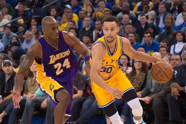 Stephen Curry déborde Kobe Bryant
