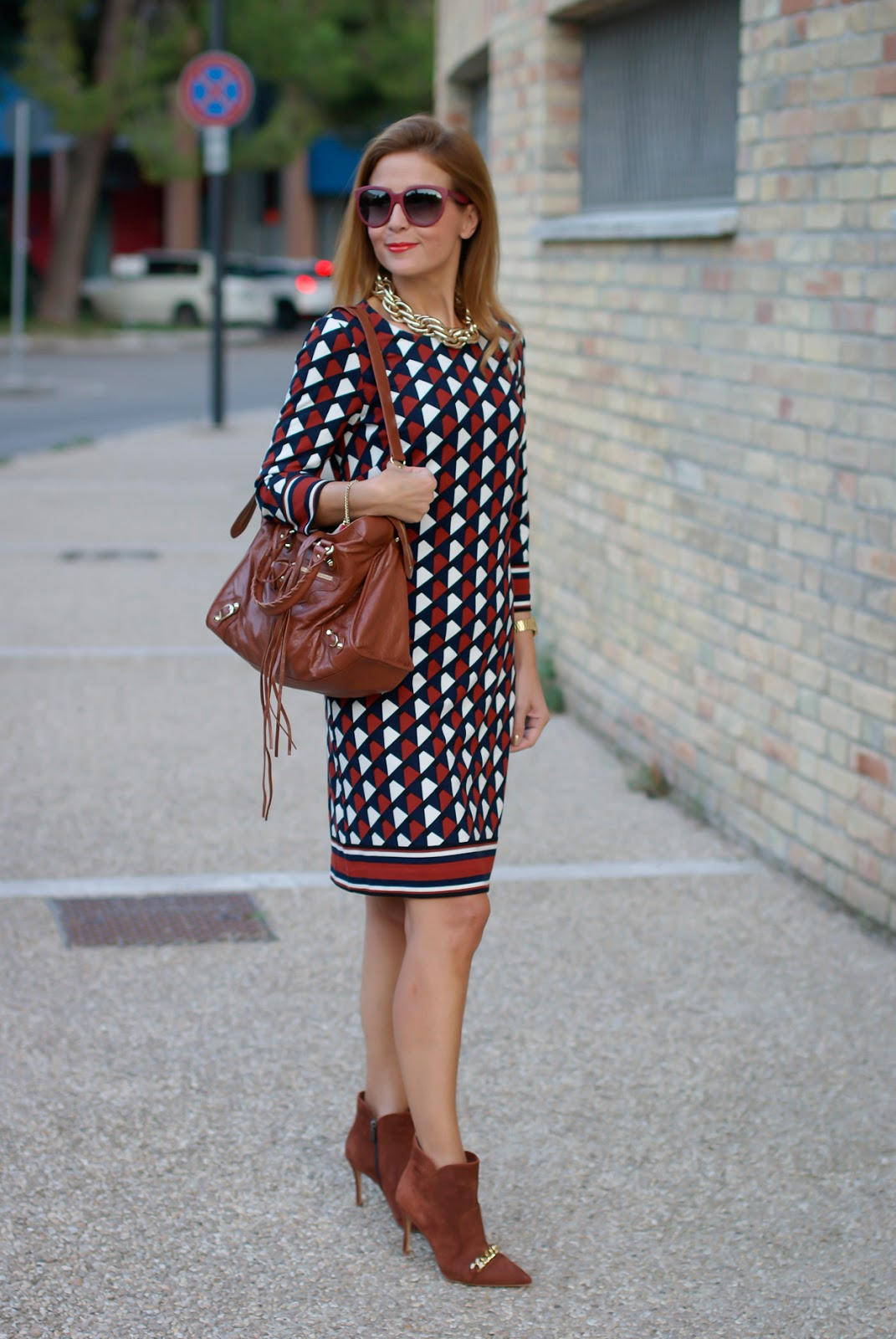 1.2.3 Paris Fall/Winter geometric print dress, Icone shoes on Fashion and Cookies fashion blog, fashion blogger style