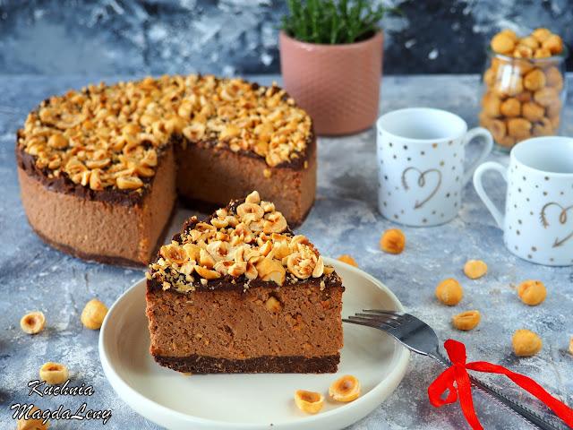 Ciasto czekoladowe z orzechami bez pieczenia