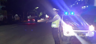 Antisipasi Gangguan Kamseltibcar Lantas Dimalam Hari, Personel Satlantas Lakukan Patroli Malam