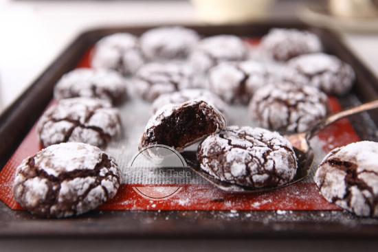 Resep Chocolate Crinkle Cookies Just Try Taste
