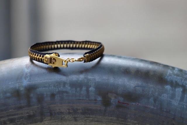 Zipper Bracelet akan menambah koleksi gelangmu