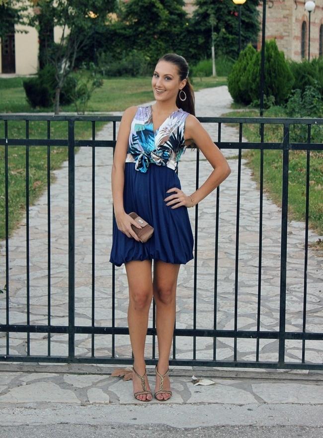 blue baloon mini dress outfit, ballon dresses outfit ideas
