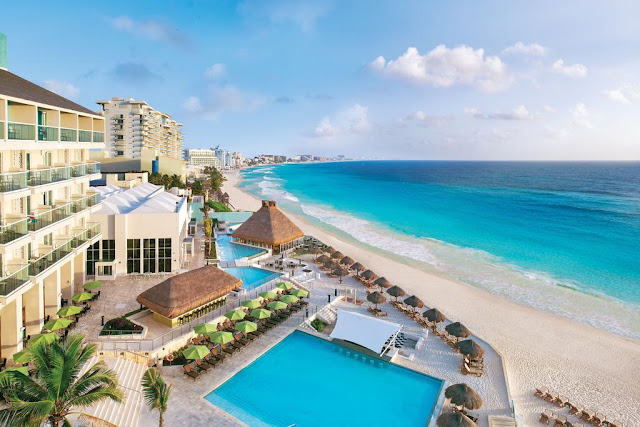 Stay well at The Westin Resort & Spa, Cancun. This beachfront resort in Mexico offers beautiful beaches, pools, rental villas, great dining, a spa and more.