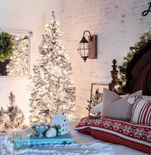 twinkle lights in Christmas bedroom
