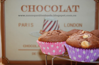 Muffins triple chocolate con trocitos de chocolate