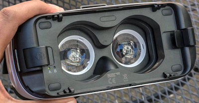 How to Clear Gear VR Lenses