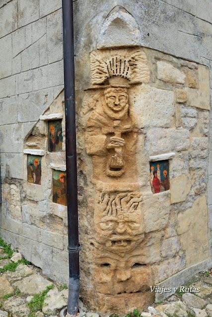 Escultura de casa de Vigoleno