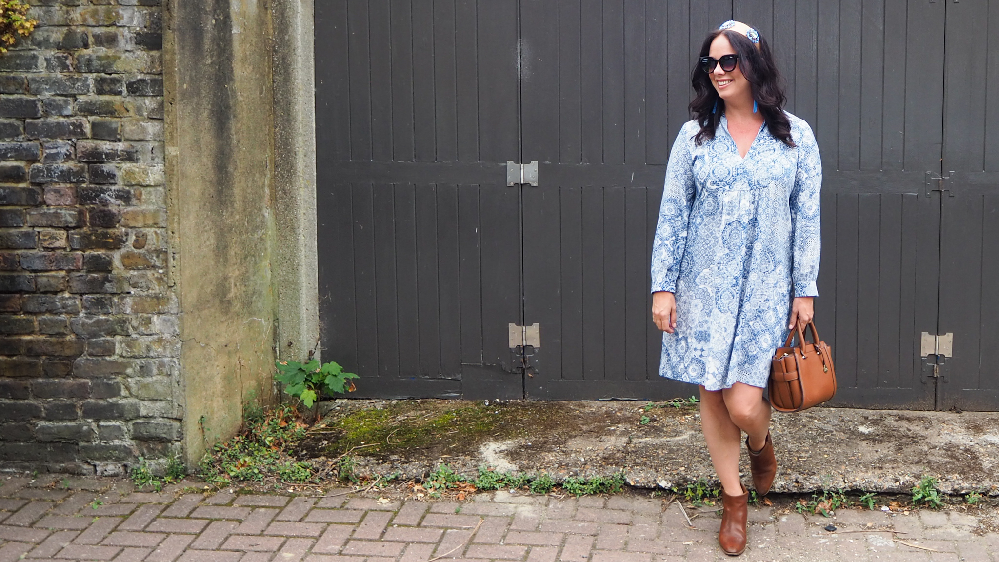 Blue & white paisley print long sleeve dress